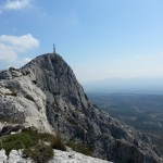 Croix de Provence au sommet de la Ste Victoire (Aix en Provence)